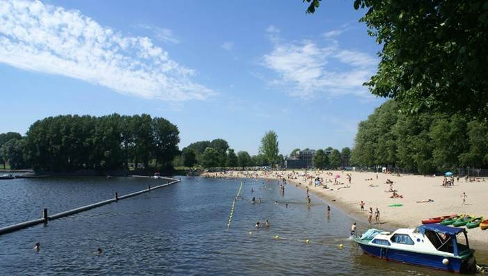 Sloterplas Swimming Beach (Zwemstrand Sloterplas) in Amsterdam Nieuw-West