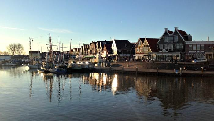 Volendam harbour sunset