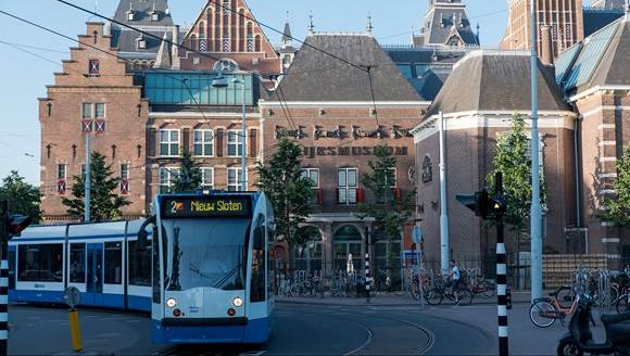 I amsterdam - Your guide to visit, enjoy, live, work