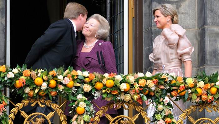 Amsterdam Dutch royalty king queen Willem Alexander Maxima Beatrix