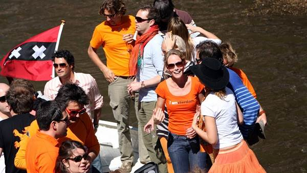 King's Day Amsterdam canal boat Edwin van Eis