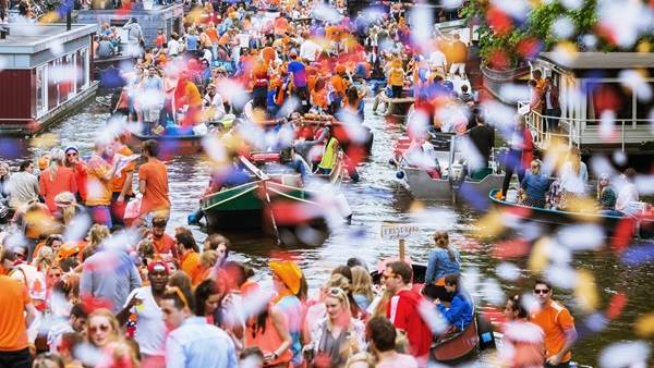 King's Day Amsterdam canal boats, Cris Toala Olivares