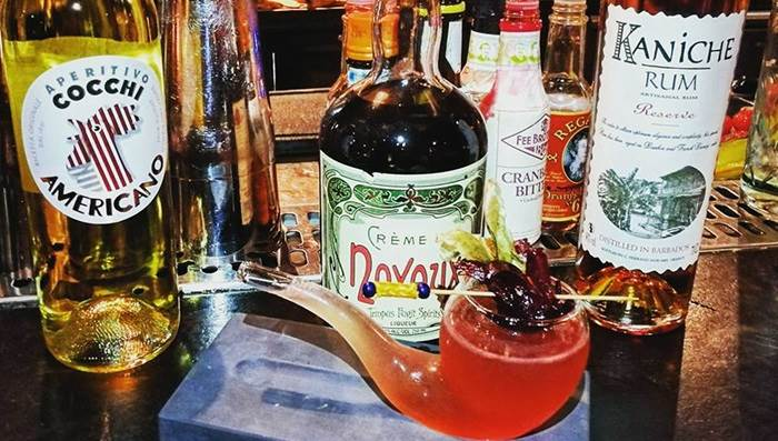 Top 10 cocktail bars in amsterdam i amsterdam for Door 74 amsterdam
