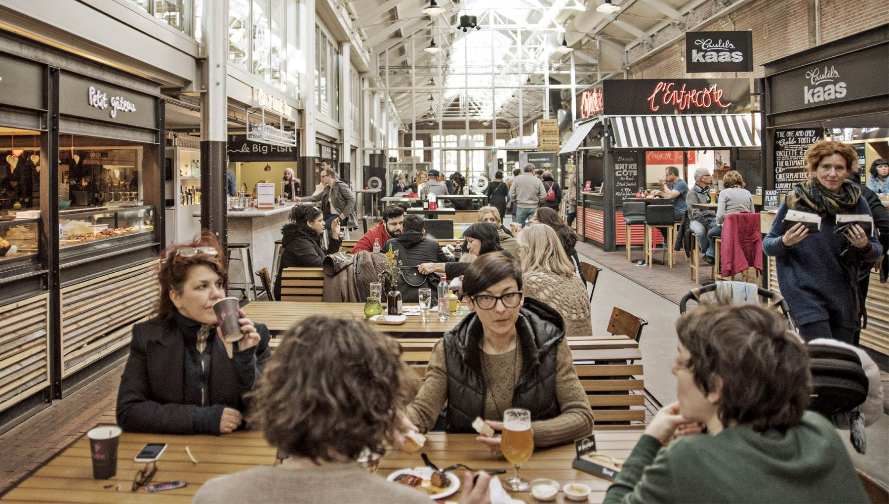 Foodhallen diners Amsterdam Marie Charlotte Peze