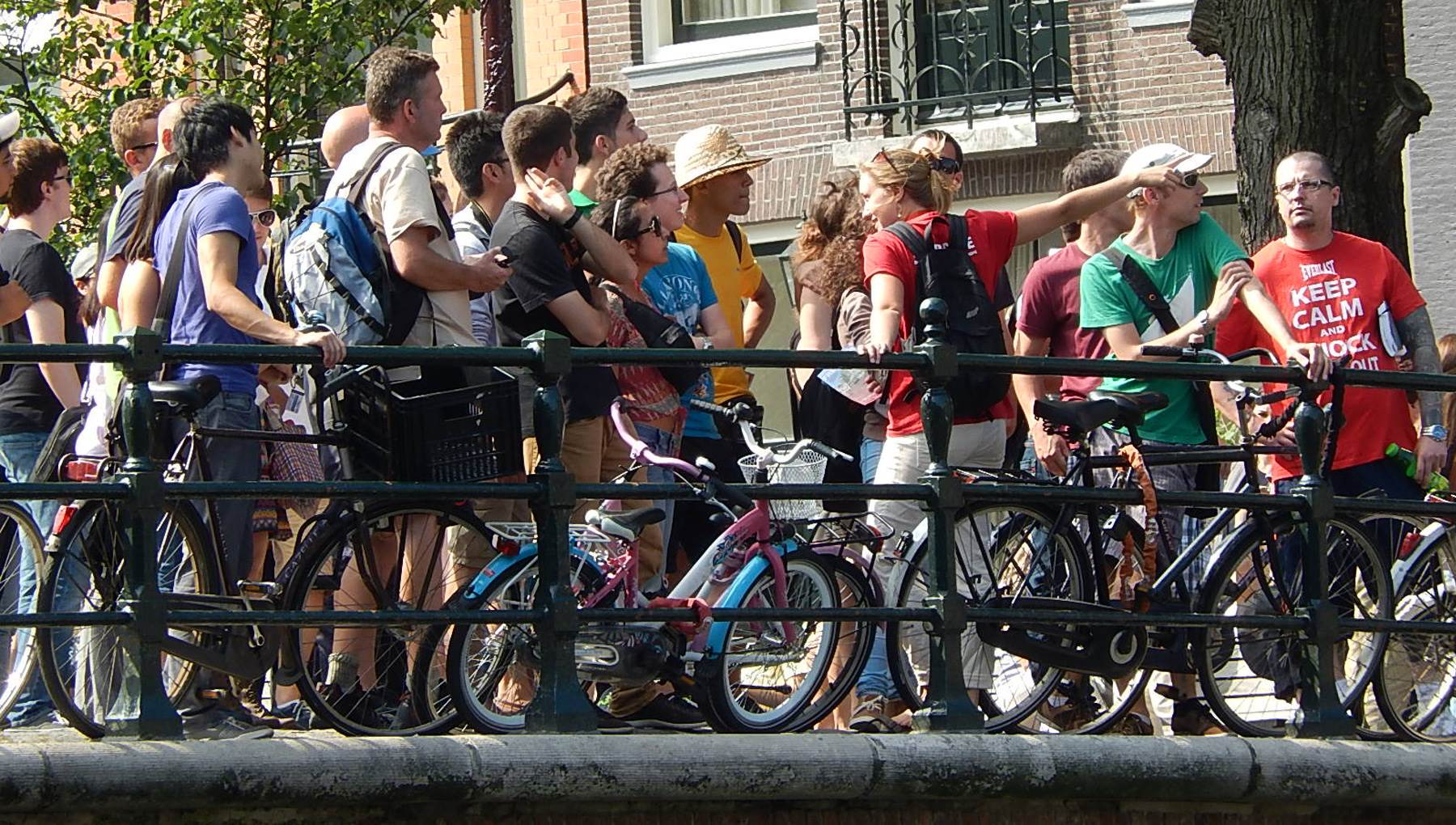 Amsterdam tourists CC BY-SA 2.0 Michael Coghlan via Flickr